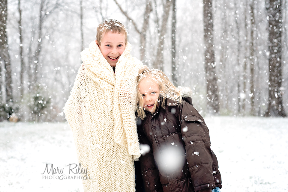 Kids in the Snow Mary Riley Photography Wentzville Missouri