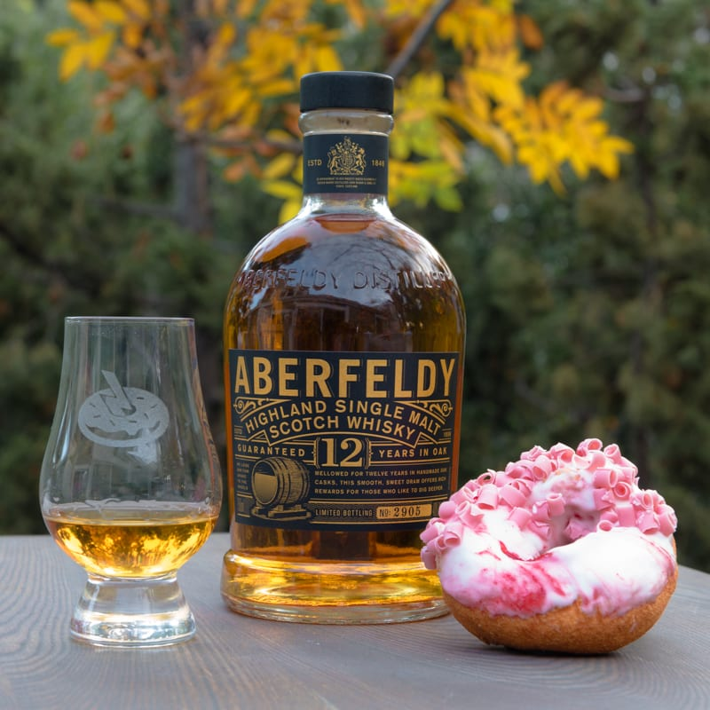Aberfeldy 12 Strawberry Cheesecake - Whisky and Donuts
