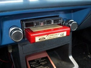 8 track in car player