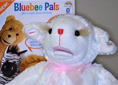 Bluebee Pals is a Fun, Interactive Plush #HH2014 #BluebeePals