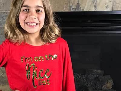 """DIY Christmas Shirt """"I'm on the Nice List"""" – with Cricut"""