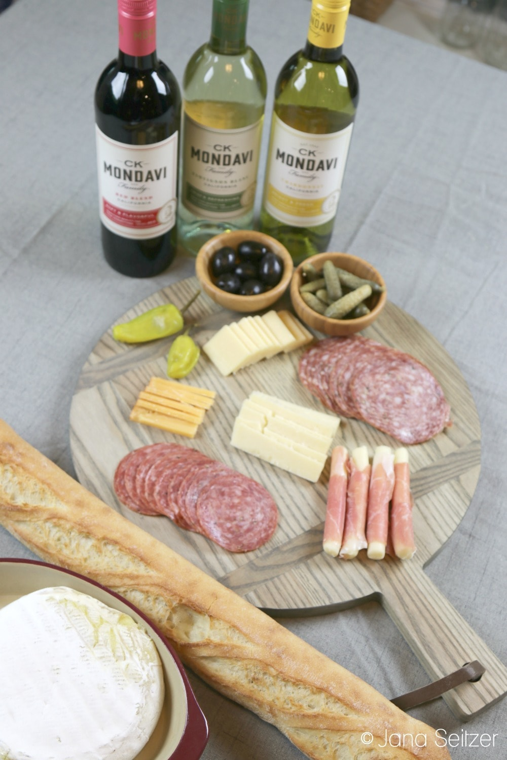 Charcuterie Board and Spring Wine Pairing for your Perfect Gathering
