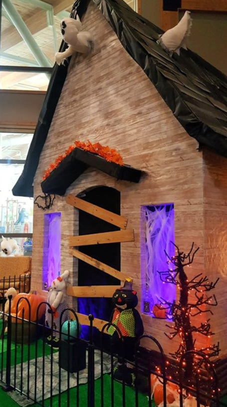 Howl-O-Ween House at Great Wolf Lodge