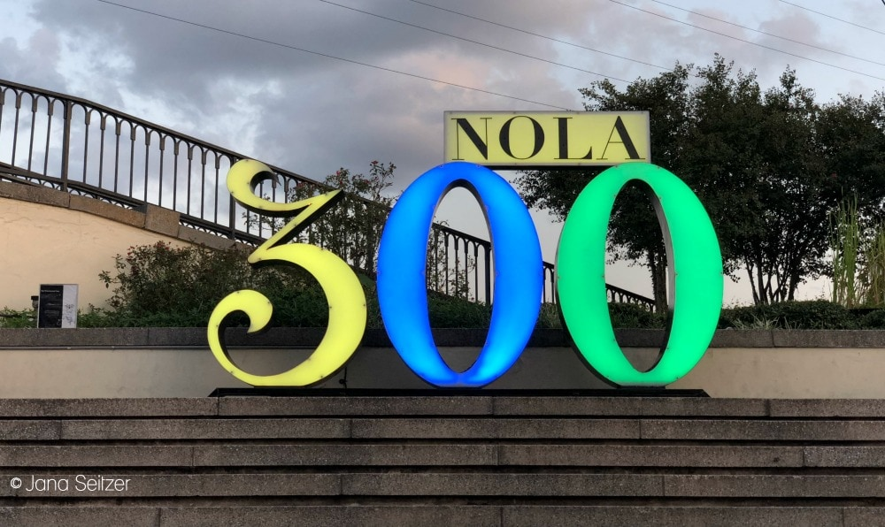 NOLA 300 sign