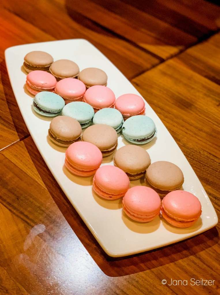 macarons at michael jordan steakhouse