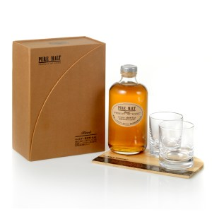 "Nikka Pure Malt Black ""Whisky Ceremony"""