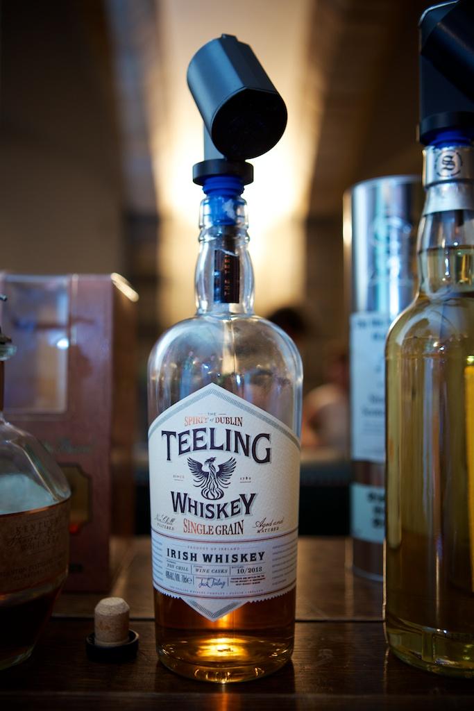 Mijn ontdekking van de avond op de tasting bij Whiskyclub 13 was deze Teeling Single Grain Irish Whiskey