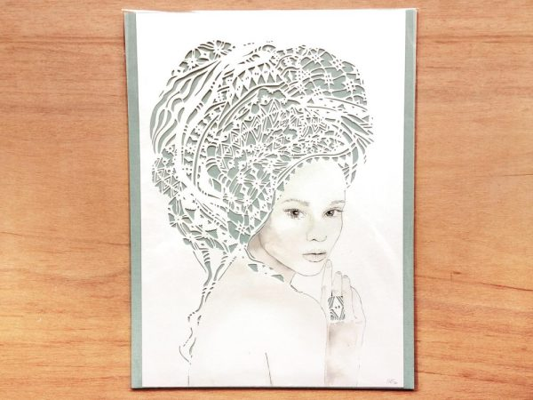 Girl with headwrap - Packaged - Total