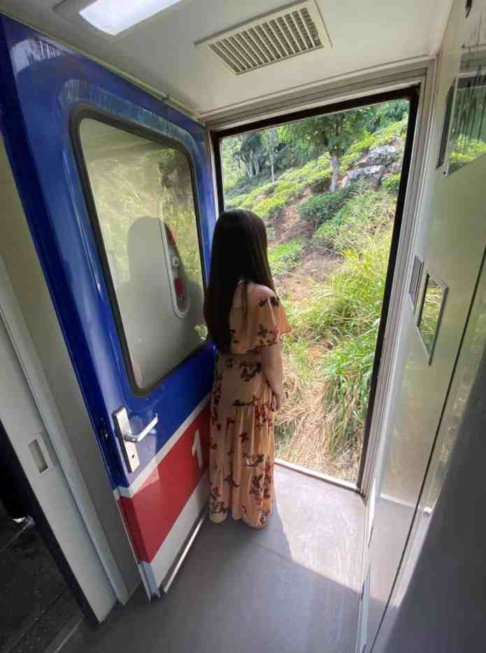 train ride sri lanka bucket list