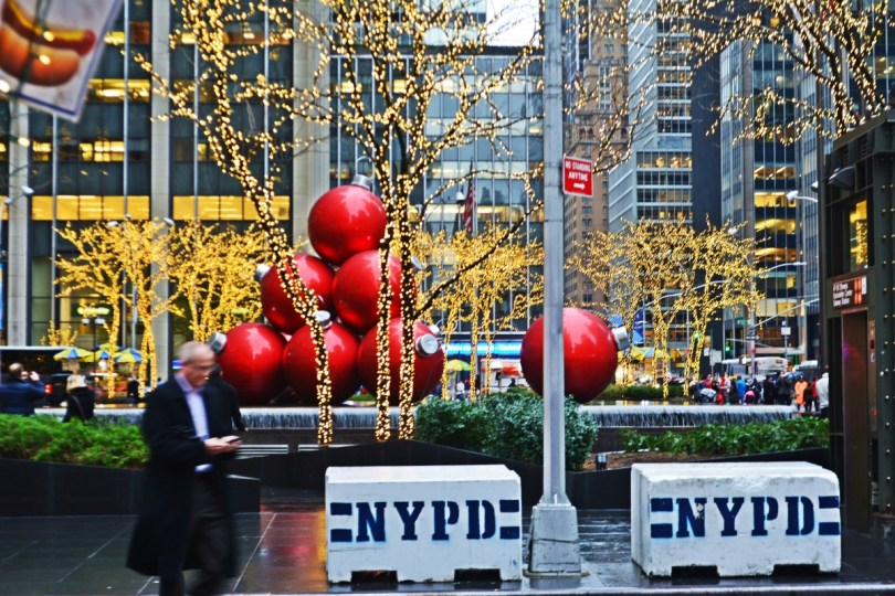 christmas decorations nyc