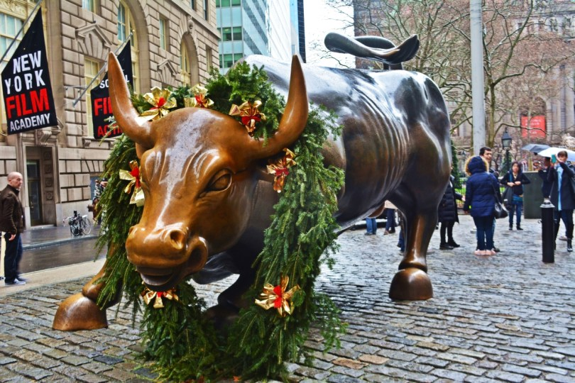 the charging bull wall street manhattan