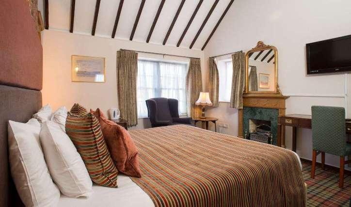 White Hart Hotel Premier Room Oxfordshire