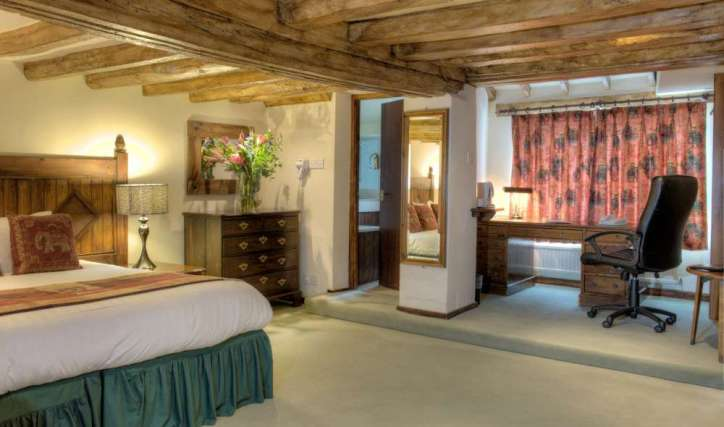 White Hart Hotel with Luxury Suite