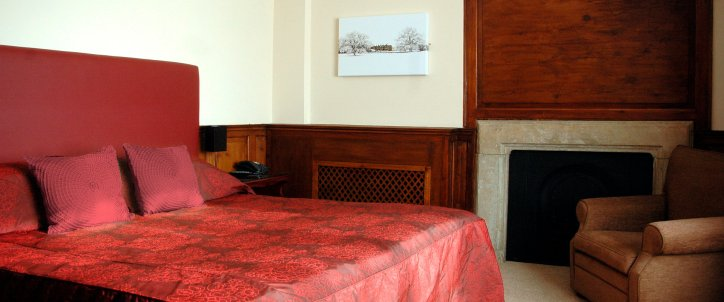 Sister Hotel Cartwright-Hotel-Double-Single Room