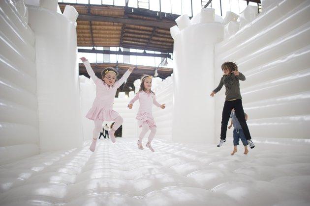 white-bouncy-castle-art-installation-20130627-121237-085