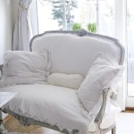 Furniture: Settees