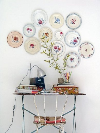 plate-wall-via-apartment-therapy