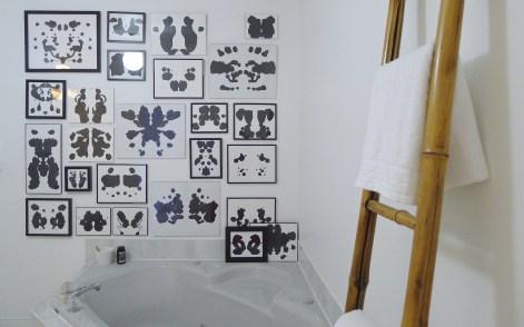White-Cabana-big-bathroom-1
