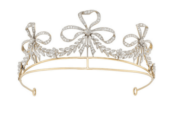 Bailey-Banks-Bittle-diamond-tiara