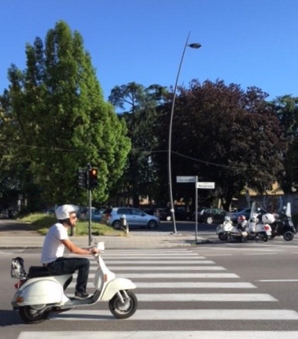 White-Cabana-Lucca-Italy-Vespa-Motorina
