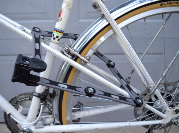 White-Cabana-Abus-bike-lock-8