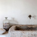 The Friday Five: Rustic Bathrooms