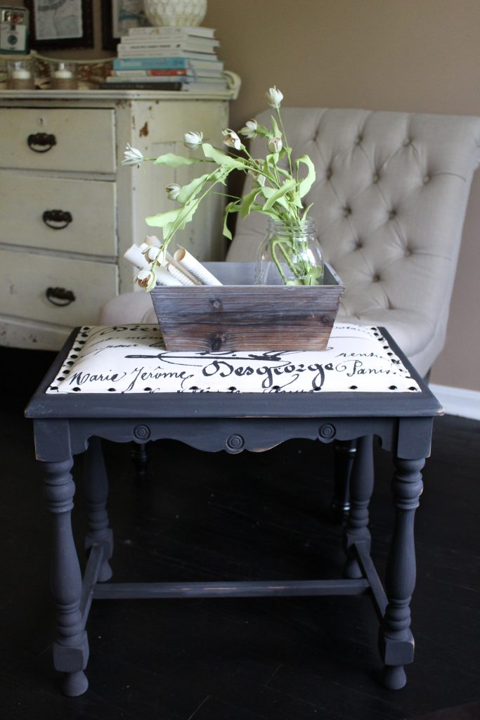 Farmhouse Stool Makeover by www.whitecottagehomeandliving.com