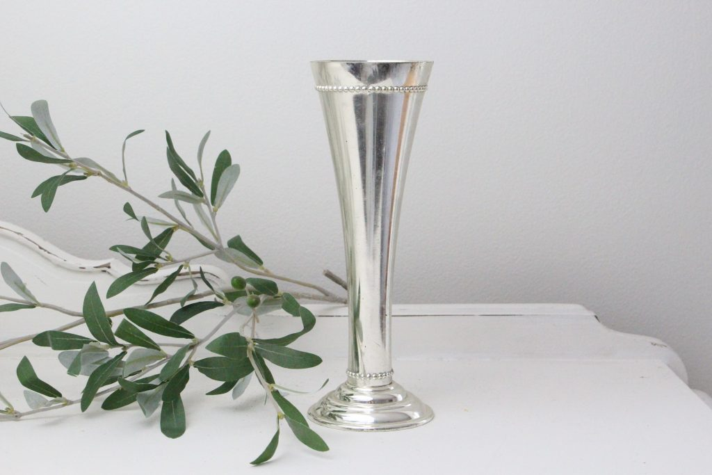 silver- bud- vase- centerpiece- vignette- vintage- home decor