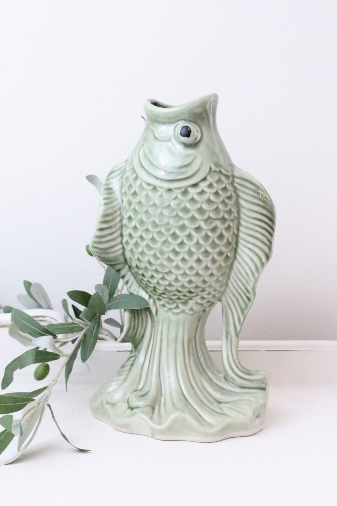 vase- flowers- green- home decor- vintage goods