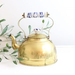 brass- teapot- ceramic knob- home decor- kitchen- vintage goods