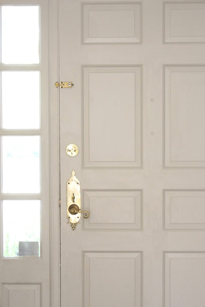 Painted Interior Entryway Door- painted door,- interior door- Sherwin Williams Repose Gray- entryway- interior door- diy painted door- updating an interior door with paint