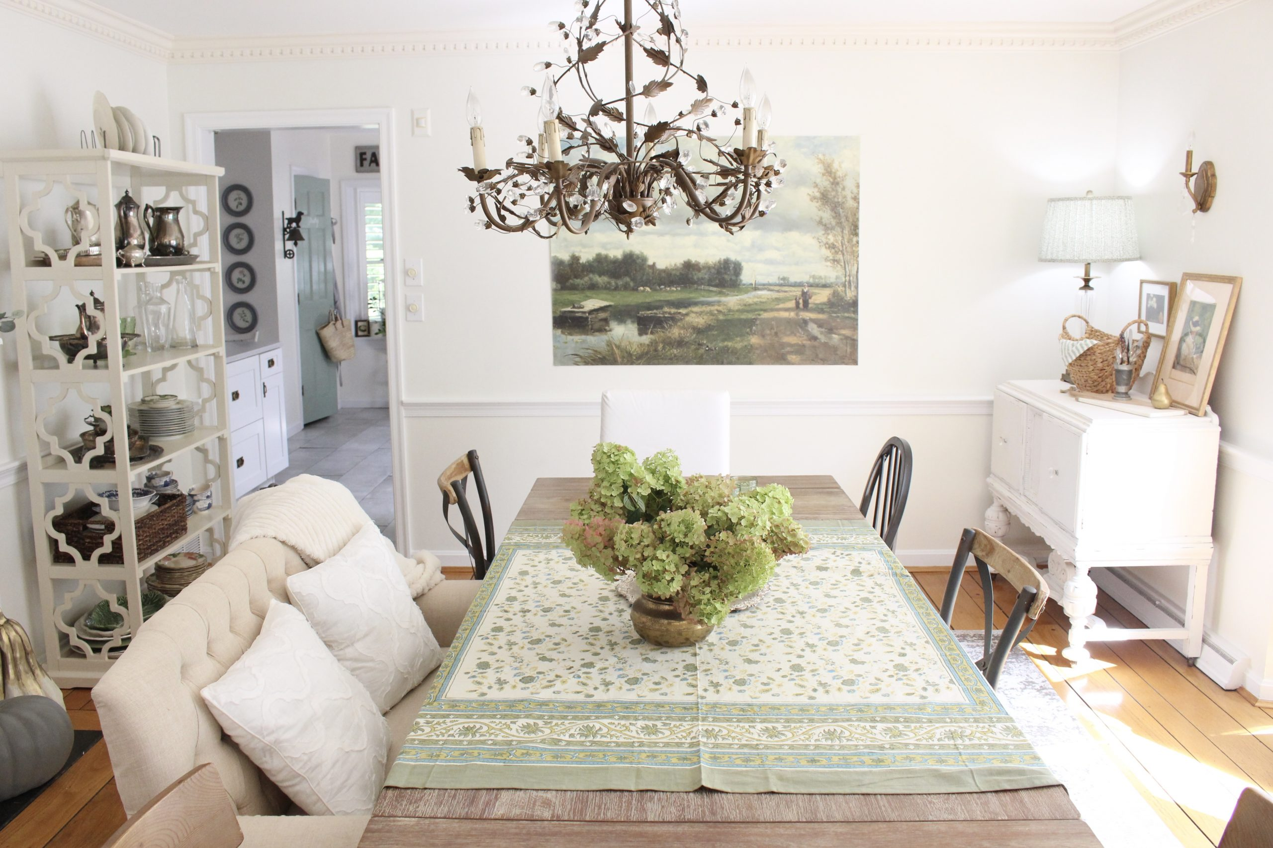 Fall Dining Room Tour with Vintage Touches ~ White Cottage Home & Living