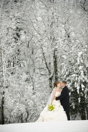 Diamonds Set The Stage For Winter Weddings