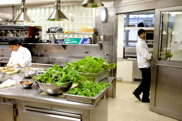 Kitchen 2009 Looking North White House Pete Souza