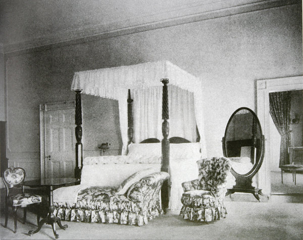 The Jackson Bed