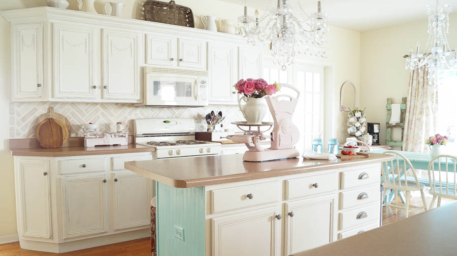 Painting Melamine Cabinets With Chalk Paint