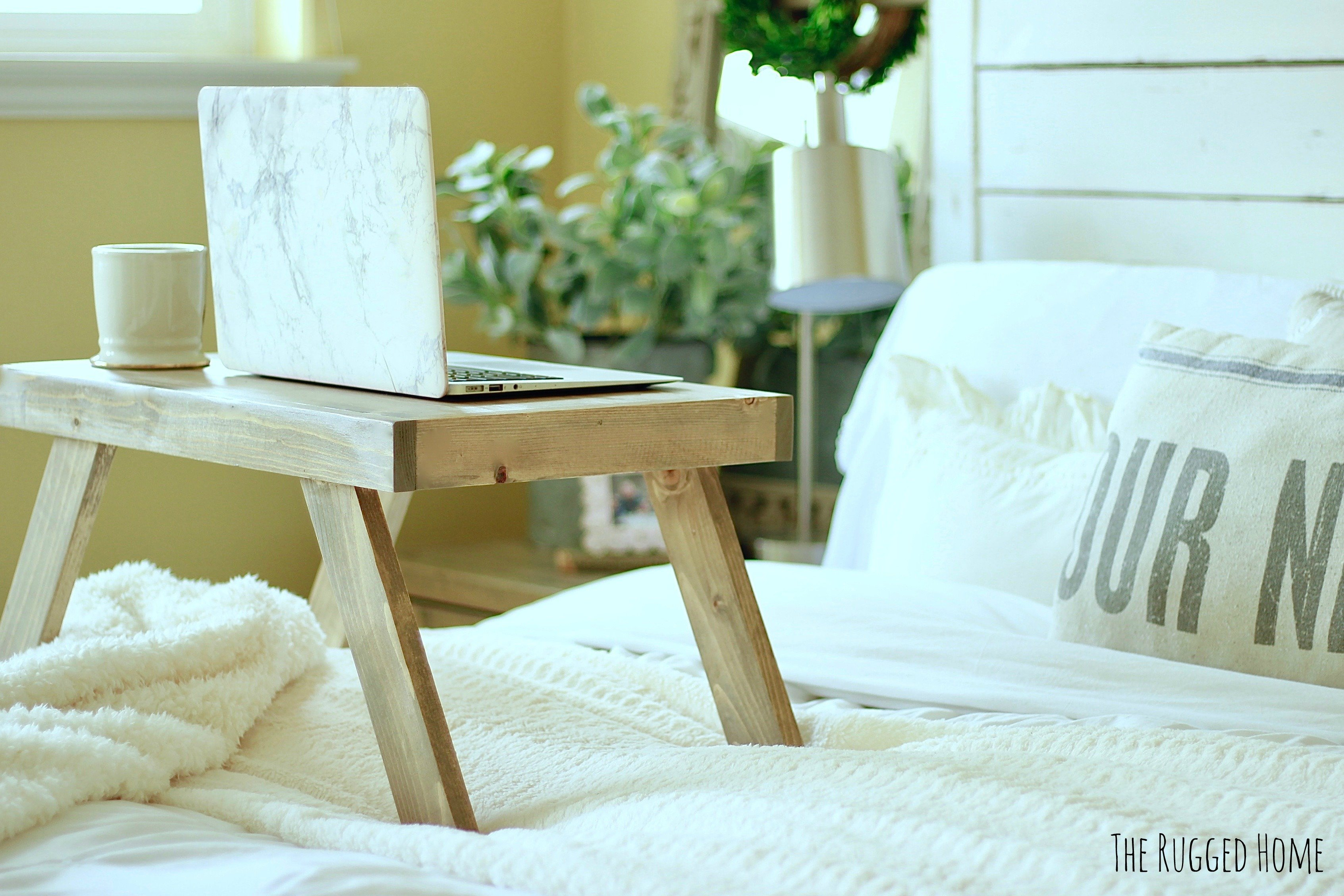 How to make a DIY Super Easy Bed Tray For Working, Sipping Tea or lounging in bed. Breakfast Tray, Bed Tray, Bed Desk www.whitepicketfarmhouse.com