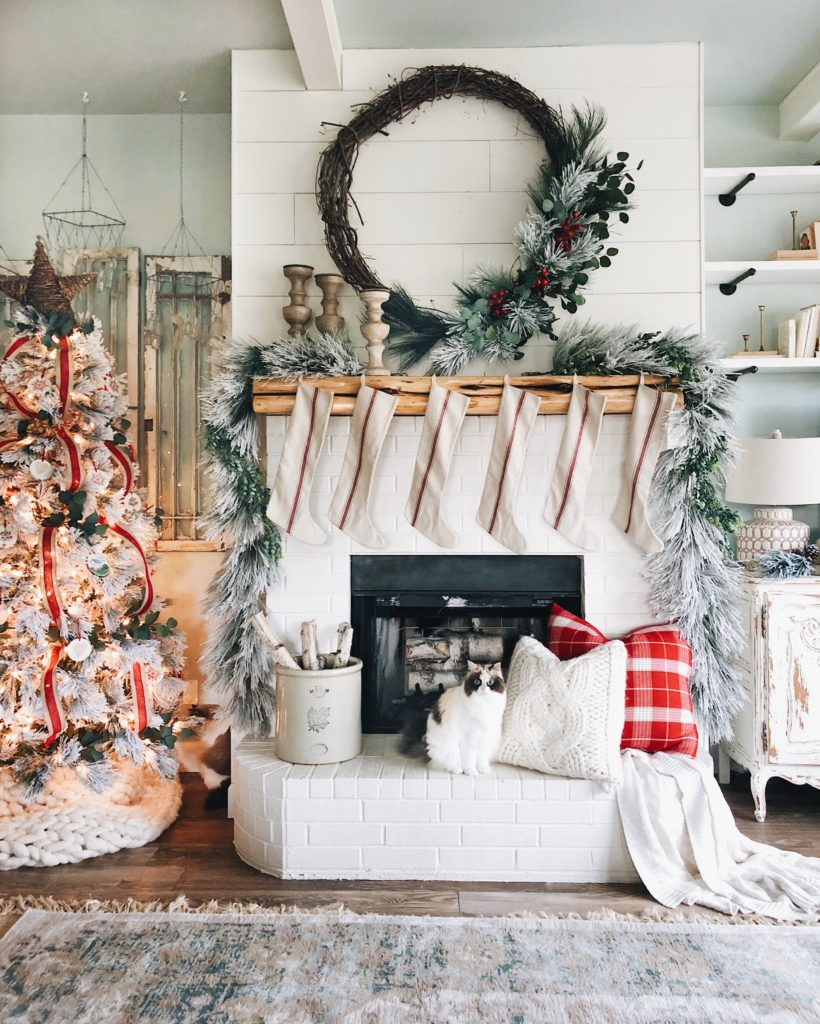 simple homes christmas decorated. Christmas Inspiration ( Favorite Homes ) Our Simple Porch From Last Year. A Huge Decorated E