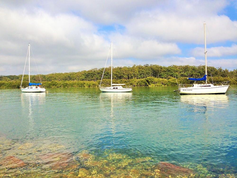 Myola sailing boats