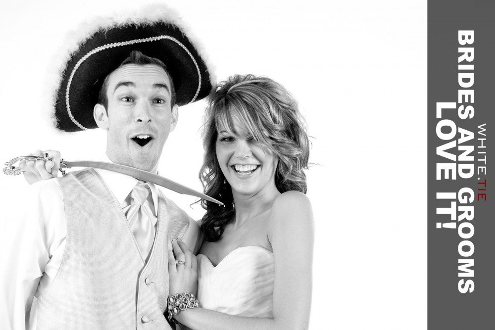 Bride-and-groom-photobooth