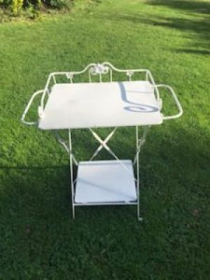 vintage washstand 1 e1509953885316 225x300 - Decorating Belle - a thoroughly enjoyable pass-time