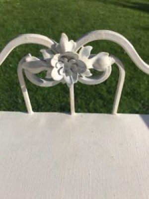 vintage washstand 2 e1509953928295 225x300 - Decorating Belle - a thoroughly enjoyable pass-time