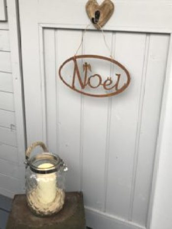 rustic noel sign e1512457504960 225x300 - Christmas Decorations at Belle's - the beautiful Shepherds Hut