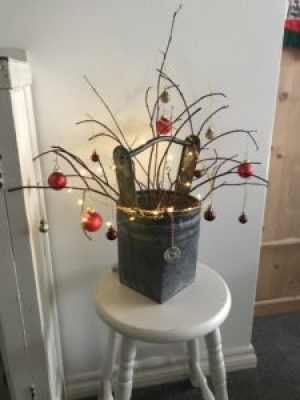 small twig christmas tree e1512458866759 225x300 - Christmas Decorations at Belle's - the beautiful Shepherds Hut