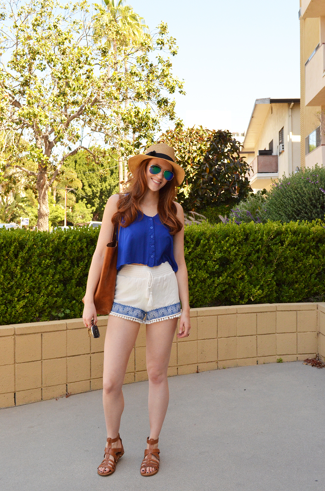 Summer outfit with Harmony & Havoc's pom-pom embroidered shorts   whitneyhoy.com