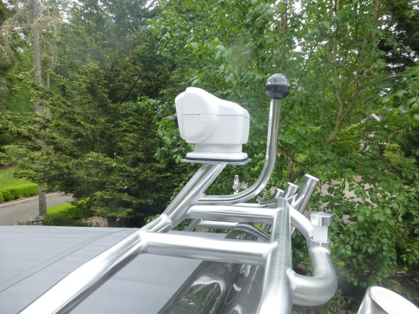 GoLight Remote Spot w/ Mooring Light Extension