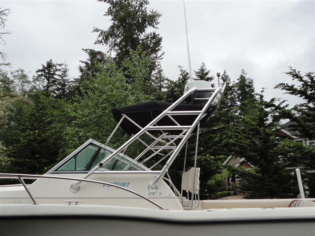 Pursuit Fishing Tower B2