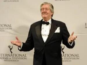 71 year old Edward Herrmann Gilmore Girls star deid