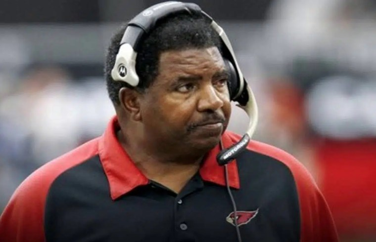 Ex Vikings And Cardinals Coach - Dennis Green Dies at 67 1