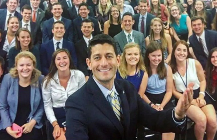 #GOPSoWhite: Paul Ryan's Selfie With Interns Goes Viral 1